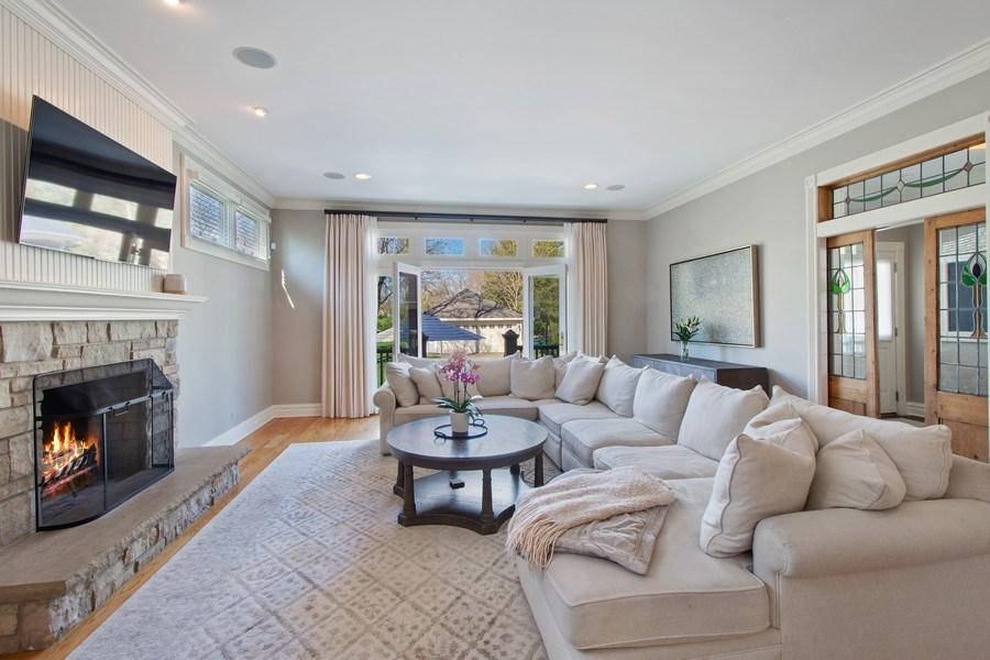 Real Estate Photography - 428 North Avenue, Barrington, IL, 60010 - Family Room
