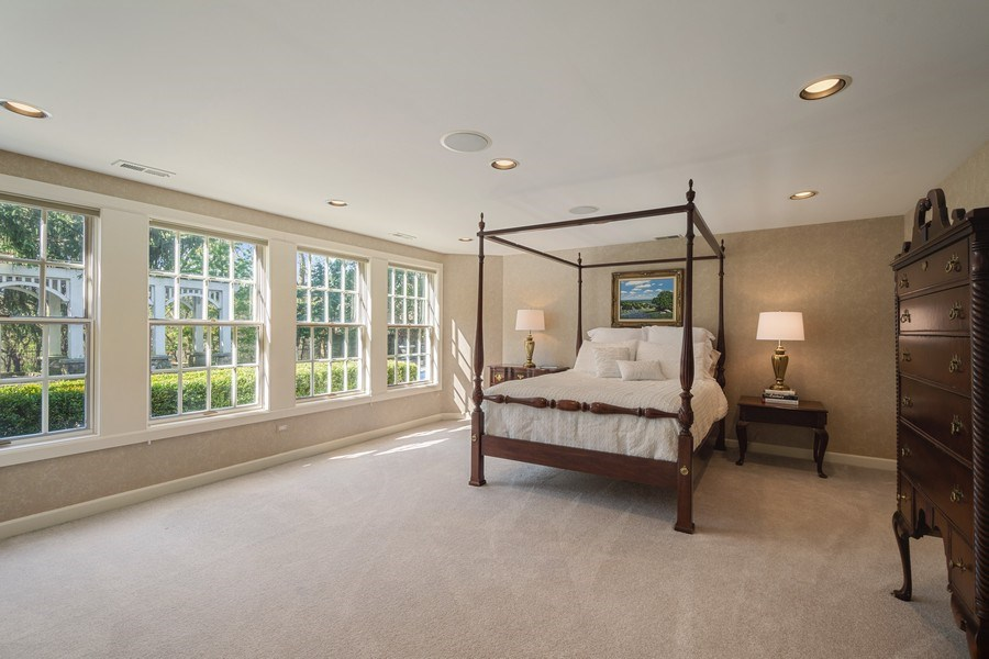 Real Estate Photography - 7 S Wynstone Dr, North Barrington, IL, 60010 - 5th Bedroom Ensuite