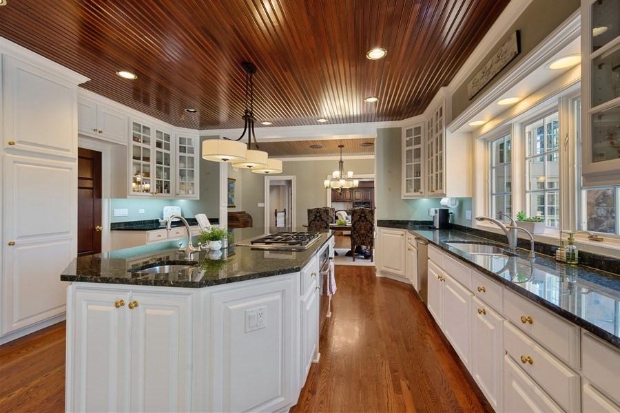 Real Estate Photography - 7 S Wynstone Dr, North Barrington, IL, 60010 - Kitchen