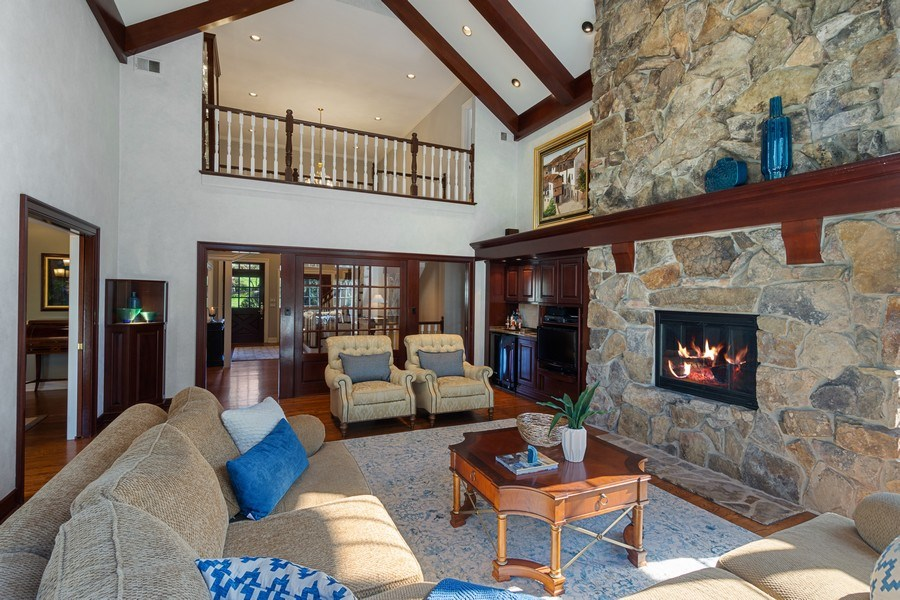 Real Estate Photography - 7 S Wynstone Dr, North Barrington, IL, 60010 - Great Room