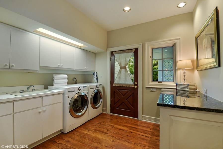 Real Estate Photography - 7 S Wynstone Dr, North Barrington, IL, 60010 - Main Level Laundry / Mud Room