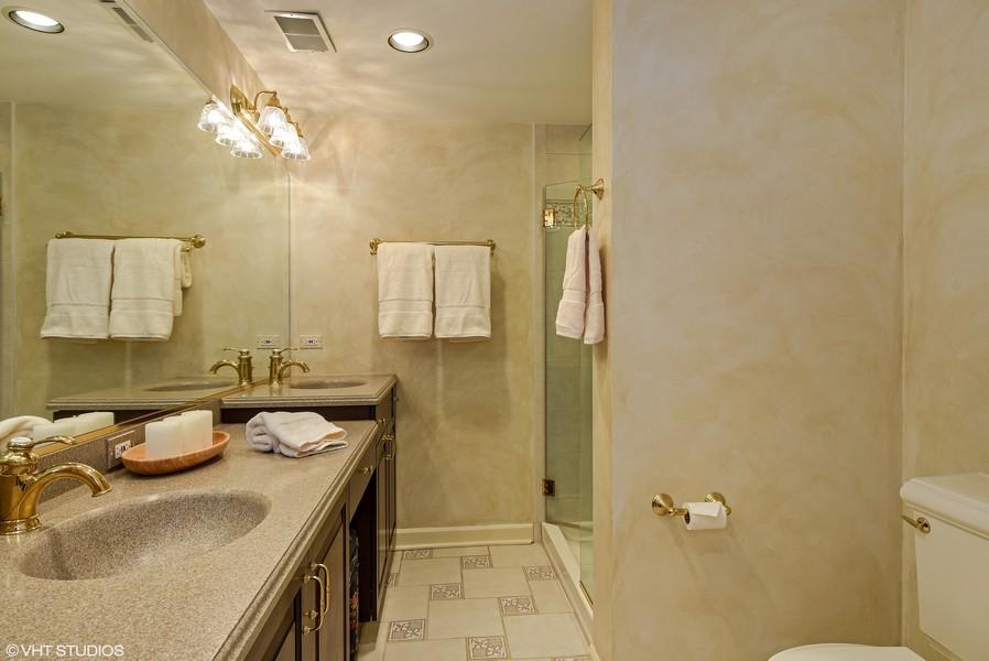Real Estate Photography - 7 S Wynstone Dr, North Barrington, IL, 60010 - 5th Bedroom Ensuite Bath