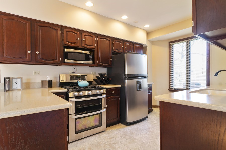 Real Estate Photography - 520 S. Mitchell, Arlington Heights, IL, 60005 - Kitchen
