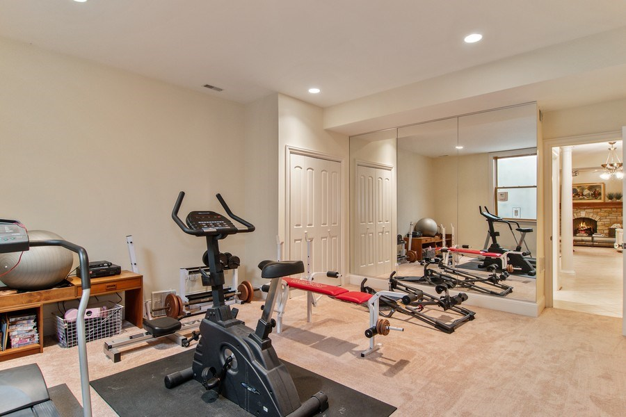 Real Estate Photography - 194 Akenside, Riverside, IL, 60546 - Gym