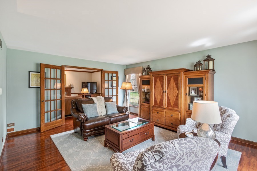 Real Estate Photography - 3570 Londonderry Court, Hoffman Estates, IL, 60067 - Living Room is open to Family Room