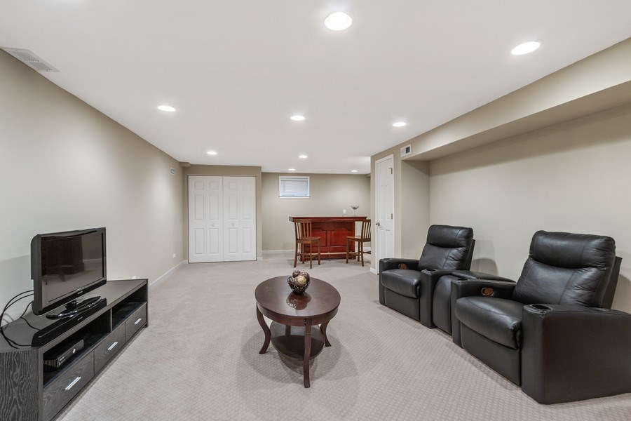 Real Estate Photography - 3570 Londonderry Court, Hoffman Estates, IL, 60067 - Basement