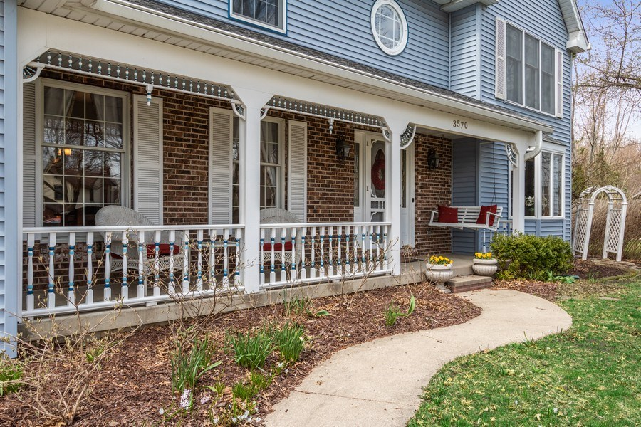 Real Estate Photography - 3570 Londonderry Court, Hoffman Estates, IL, 60067 - Rocking Chair Front Porch