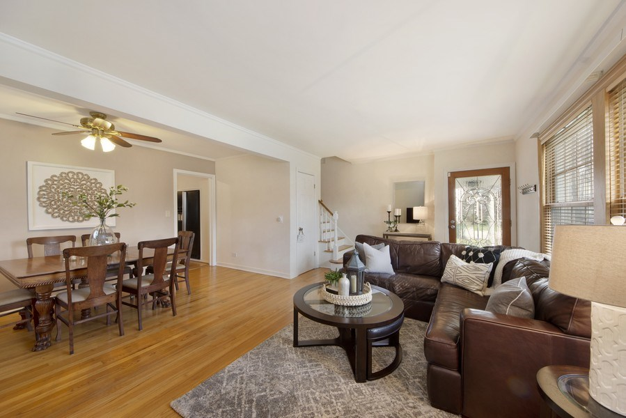 Real Estate Photography - 408 S. Carlyle Place, Arlington Heights, IL, 60004 - Living Room/Dining Room