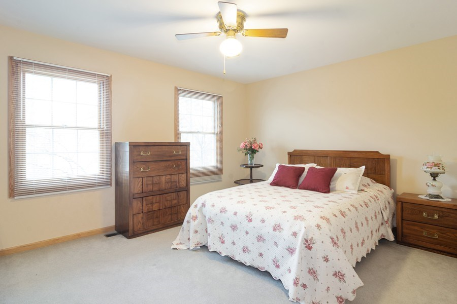 Real Estate Photography - 418 S Cleveland Ave, Arlington Heights, IL, 60005 - 2nd Bedroom