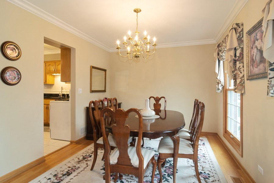 Real Estate Photography - 418 S Cleveland Ave, Arlington Heights, IL, 60005 - Dining Room