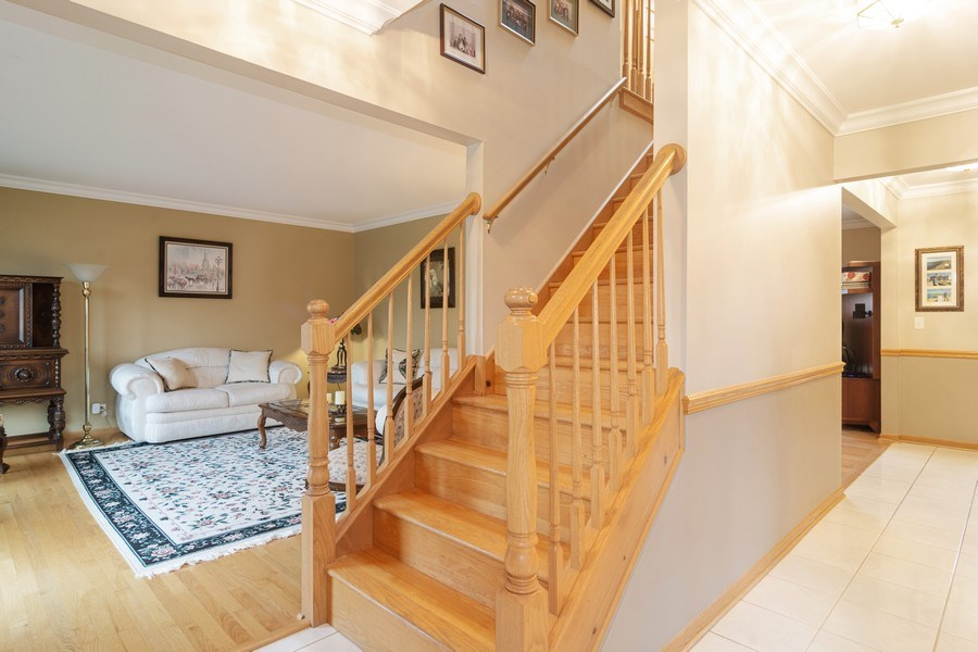 Real Estate Photography - 418 S Cleveland Ave, Arlington Heights, IL, 60005 - Foyer