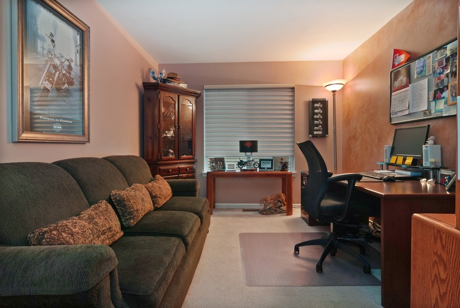 Real Estate Photography - 2473 Golf Trail Ct, Aurora, IL, 60506 - 3rd Bedroom