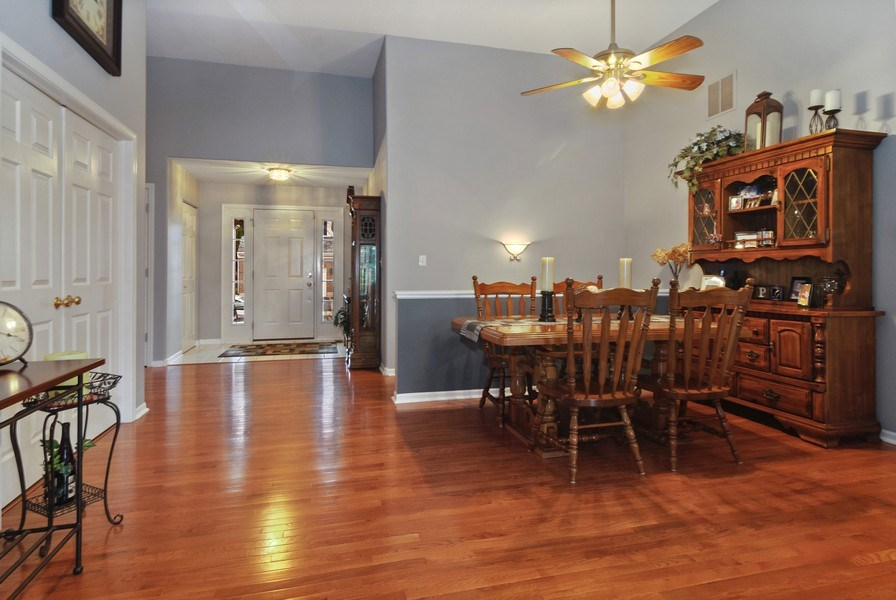 Real Estate Photography - 2473 Golf Trail Ct, Aurora, IL, 60506 - Dining Room