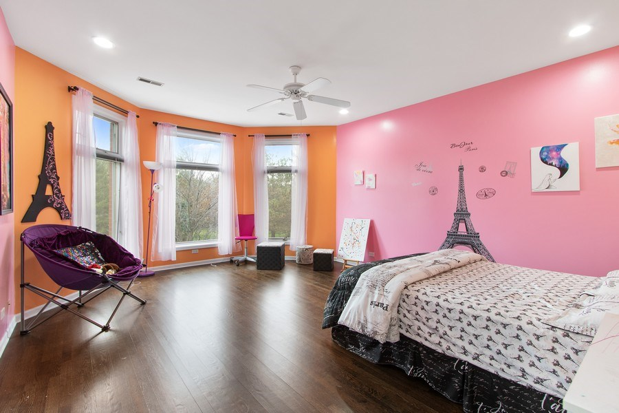 Real Estate Photography - 309 Dundee Road, Barrington, IL, 60010 - Princess Suite