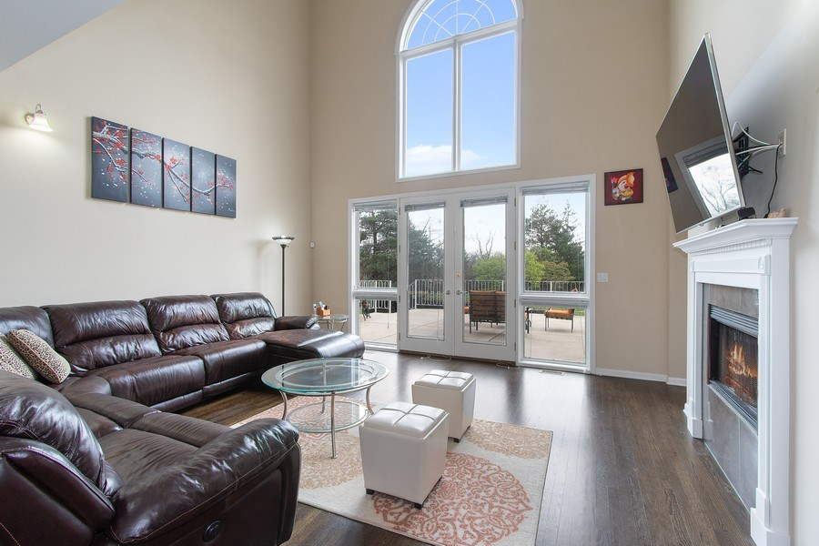 Real Estate Photography - 309 Dundee Road, Barrington, IL, 60010 - Family Room