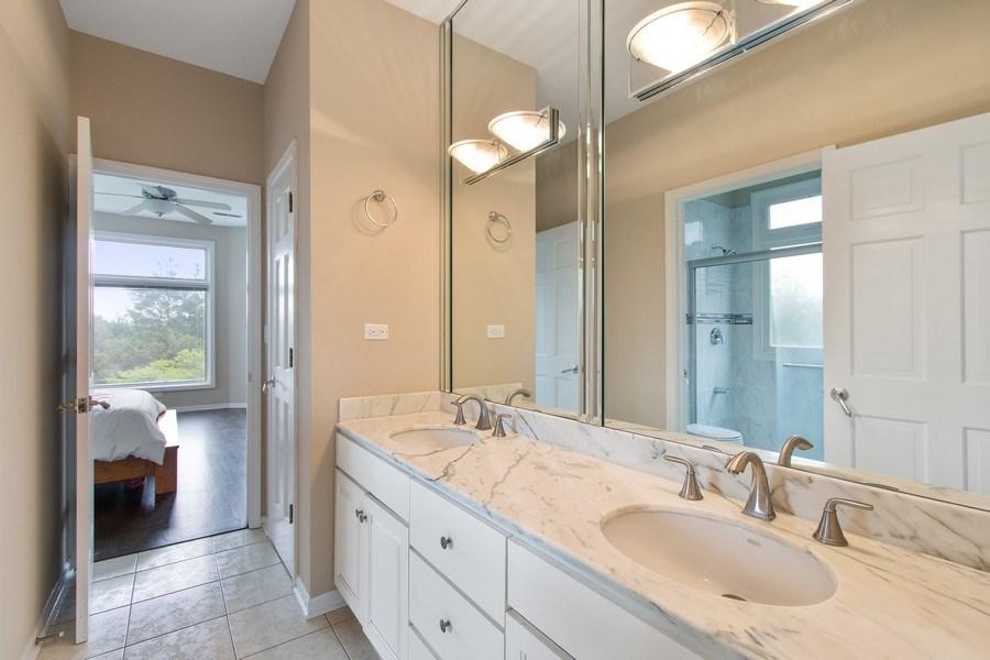 Real Estate Photography - 309 Dundee Road, Barrington, IL, 60010 - Jack 'n Jill Bath