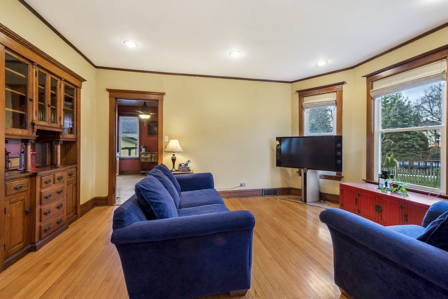Real Estate Photography - 305 N Plum Grove Road, Palatine, IL, 60067 - Family Room