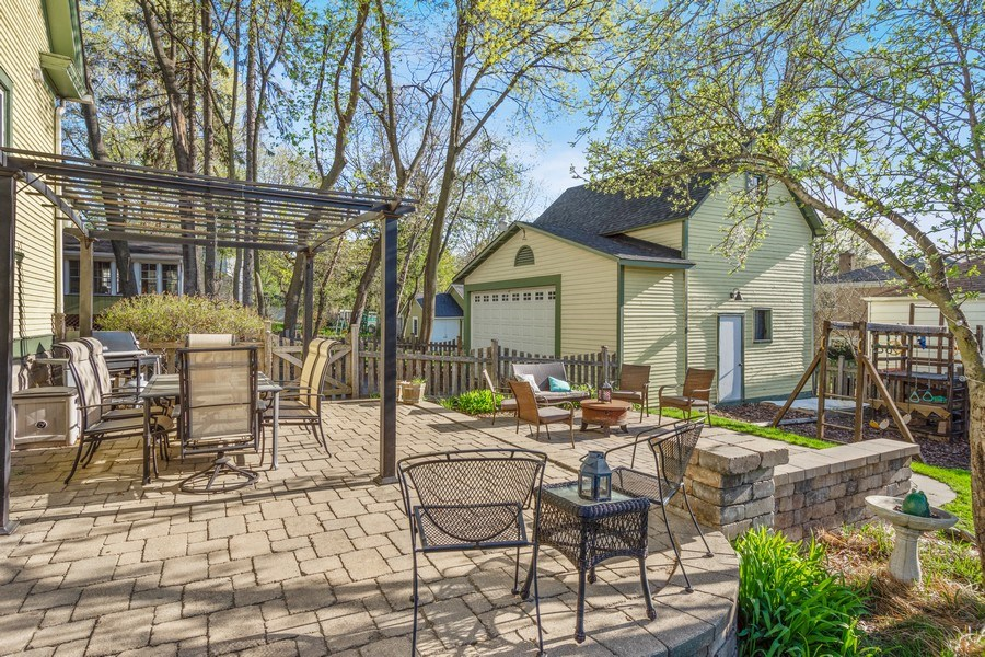 Real Estate Photography - 305 N Plum Grove Road, Palatine, IL, 60067 - Patio