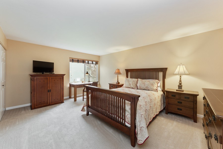 Real Estate Photography - 1320 Mayfair Ln, Grayslake, IL, 60030 - 2nd Bedroom