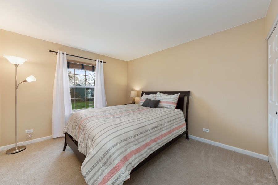 Real Estate Photography - 1320 Mayfair Ln, Grayslake, IL, 60030 - 4th Bedroom