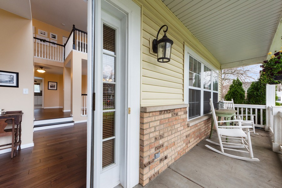 Real Estate Photography - 1320 Mayfair Ln, Grayslake, IL, 60030 - Porch