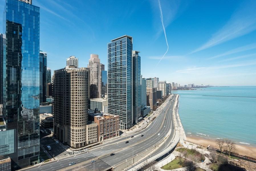 Real Estate Photography - 505 N. Lake Shore Drive, #2511, Chicago, IL, 60611 - Lake View