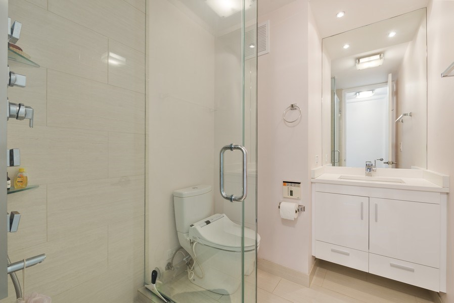 Real Estate Photography - 505 N. Lake Shore Drive, #2511, Chicago, IL, 60611 - 2nd Bathroom