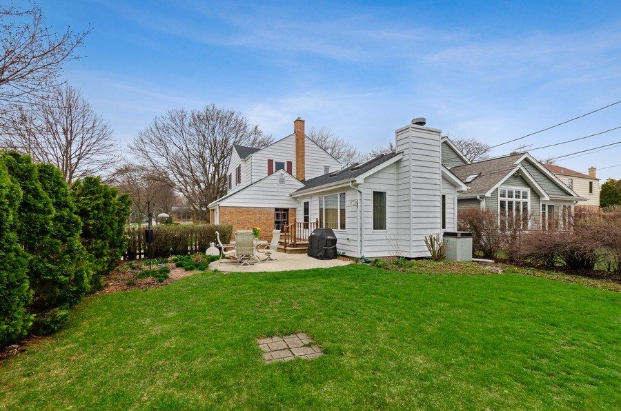 Real Estate Photography - 745 S. Mitchell Ave., Arlington Heights, IL, 60005 - Rear View