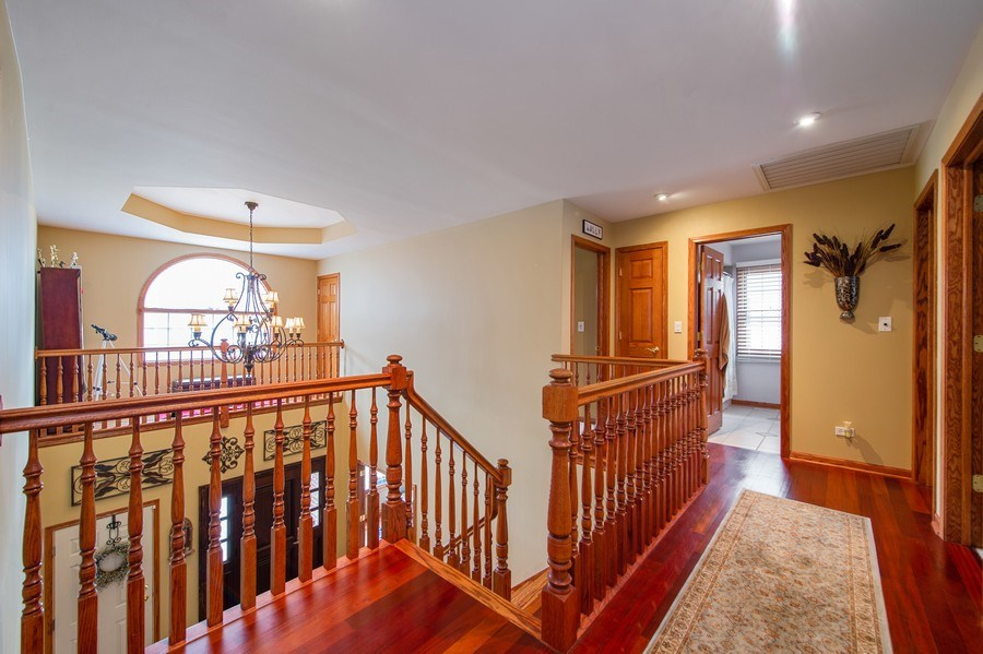 Real Estate Photography - 912 S. Chatham Ave, Elmhurst, IL, 60126 - 2nd Floor