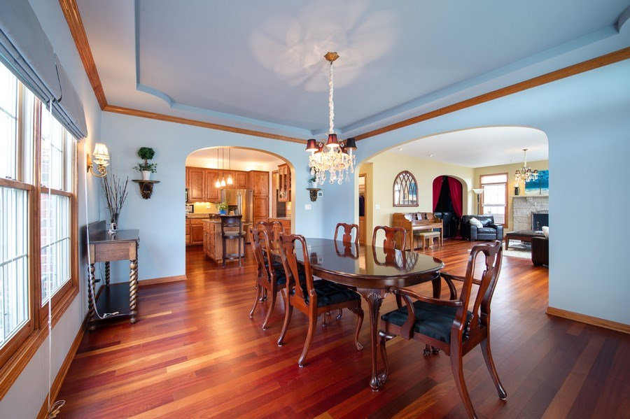 Real Estate Photography - 912 S. Chatham Ave, Elmhurst, IL, 60126 - Dining Room