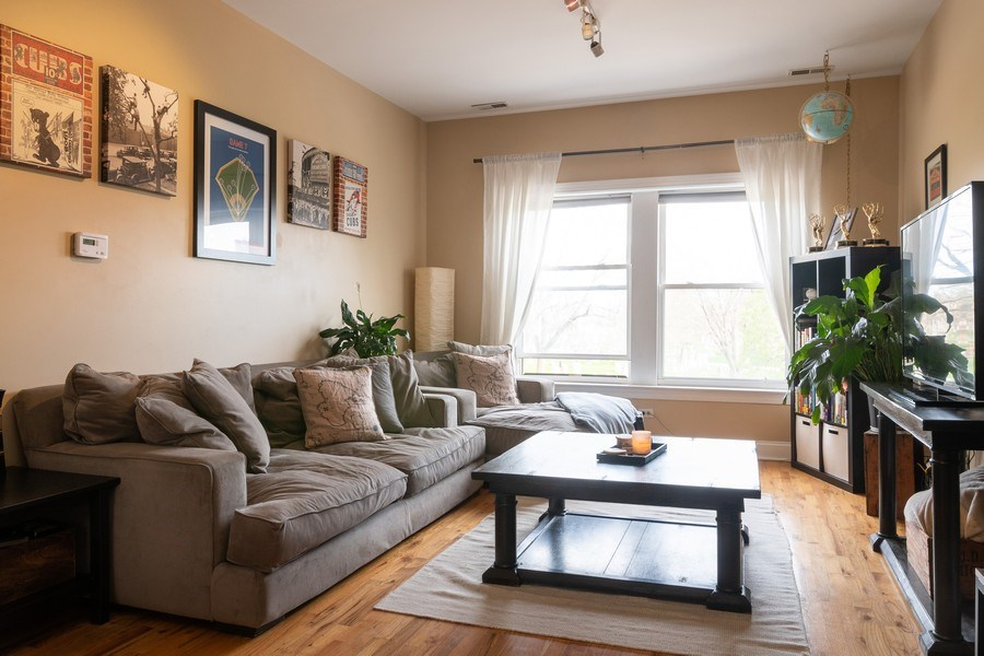 Real Estate Photography - 1323 W. Lawrence, Unit 2, Chicago, IL, 60640 - Living Room