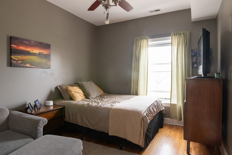 Real Estate Photography - 1323 W. Lawrence, Unit 2, Chicago, IL, 60640 - Bedroom