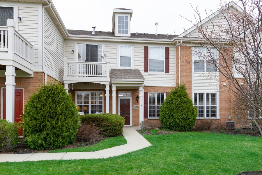 Real Estate Photography - 4268 Savoy Ln, McHenry, IL, 60050 - Front View