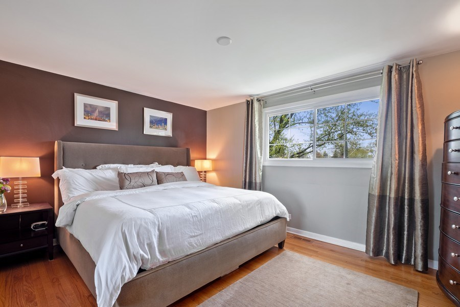 Real Estate Photography - 1423 W Roanoke, Arlington Heights, IL, 60004 - Master Bedroom