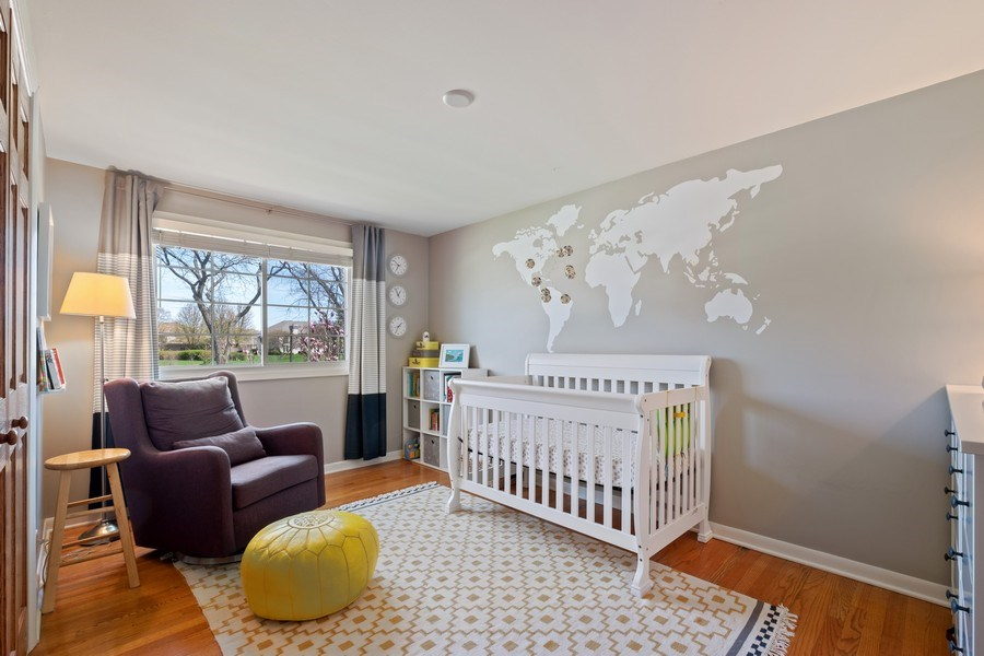 Real Estate Photography - 1423 W Roanoke, Arlington Heights, IL, 60004 - 2nd Bedroom
