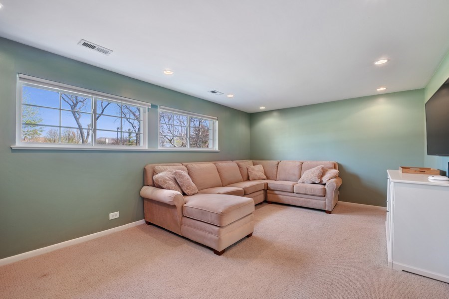 Real Estate Photography - 1423 W Roanoke, Arlington Heights, IL, 60004 - Family Room