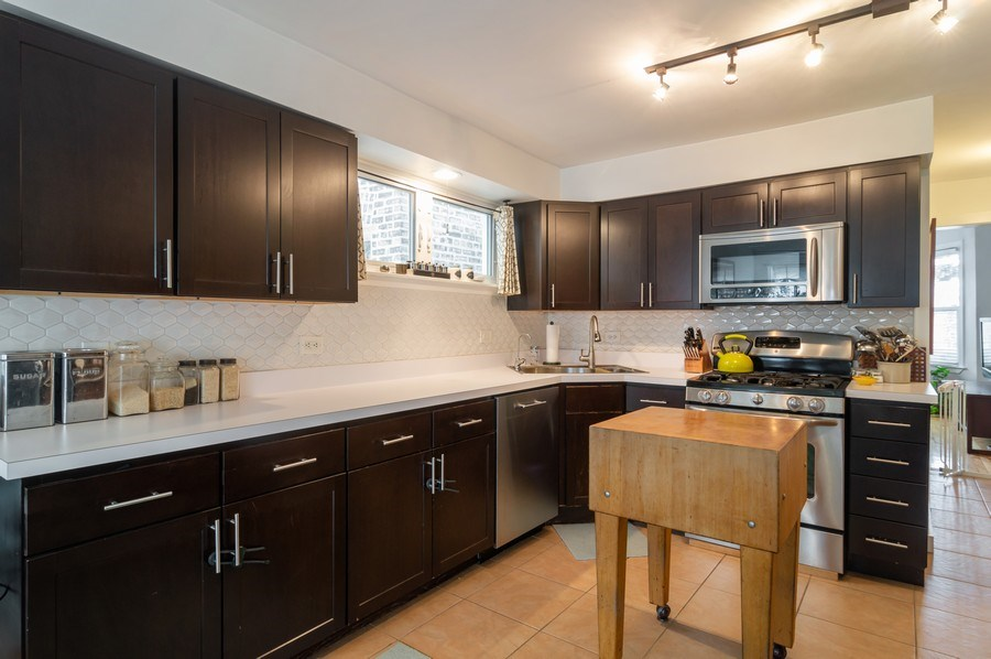 Real Estate Photography - 4145 N Albany Ave, Chicago, IL, 60618 - Kitchen