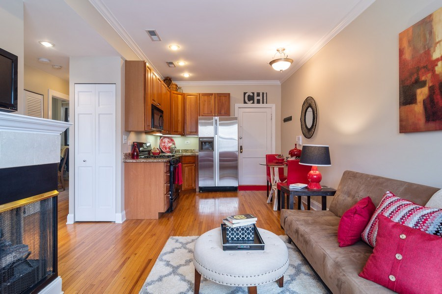 Real Estate Photography - 1344 West Irving Park Rd, 2N, Chicago, IL, 60613 - Living Room / Dining Room
