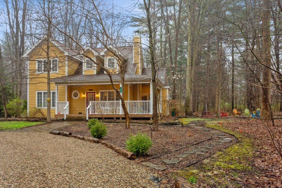 Real Estate Photography - 13863 Peach St, Harbert, MI, 49115 - Front View
