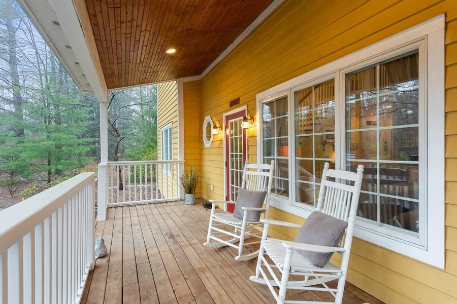 Real Estate Photography - 13863 Peach St, Harbert, MI, 49115 - Porch
