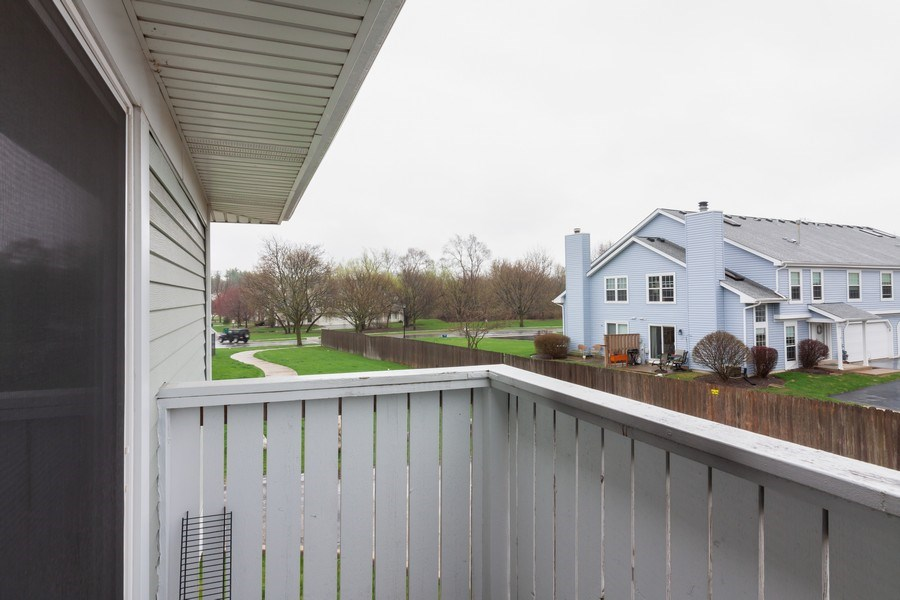 Real Estate Photography - 2s771 Winchester Circle East, #4, Warrenville, IL, 60555 - Balcony