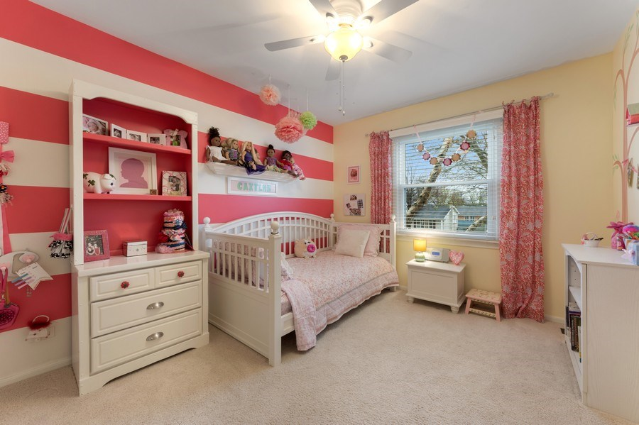 Real Estate Photography - 610 E Independence, Arlington Heights, IL, 60005 - 3rd Bedroom