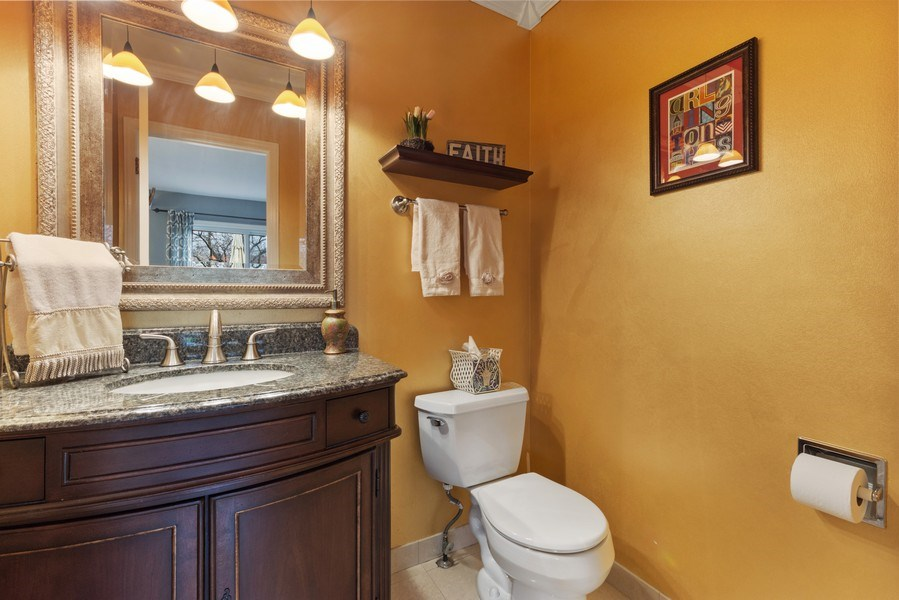 Real Estate Photography - 610 E Independence, Arlington Heights, IL, 60005 - Powder Room