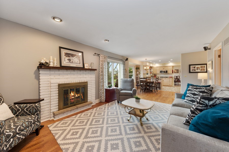 Real Estate Photography - 610 E Independence, Arlington Heights, IL, 60005 - Family Room