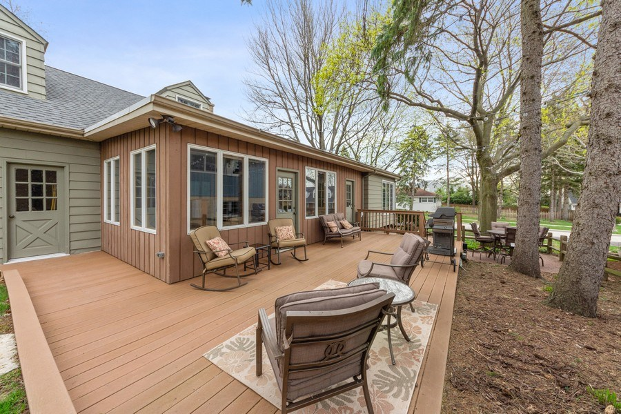 Real Estate Photography - 1105 W Campbell, Arlington Heights, IL, 60004 - Deck
