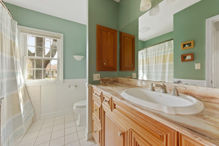 Real Estate Photography - 1105 W Campbell, Arlington Heights, IL, 60004 - 2nd Bathroom