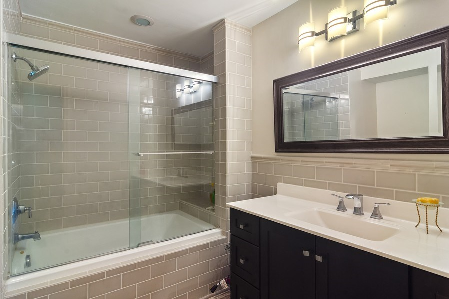 Real Estate Photography - 55 Waterview ct., Lake Barrington, IL, 60010 - Master Bathroom