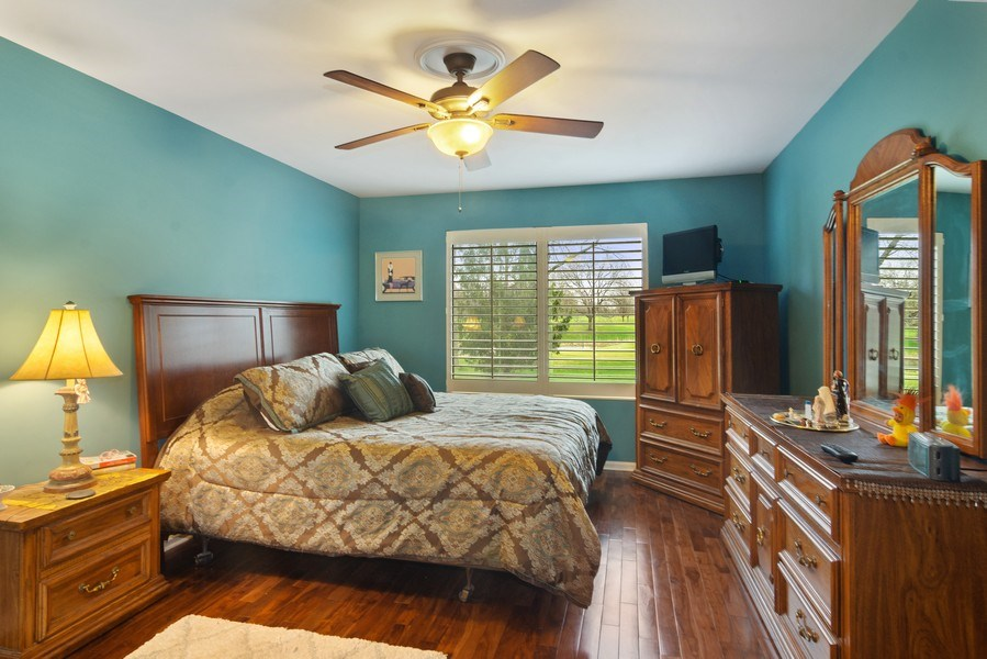 Real Estate Photography - 55 Waterview ct., Lake Barrington, IL, 60010 - Master Bedroom