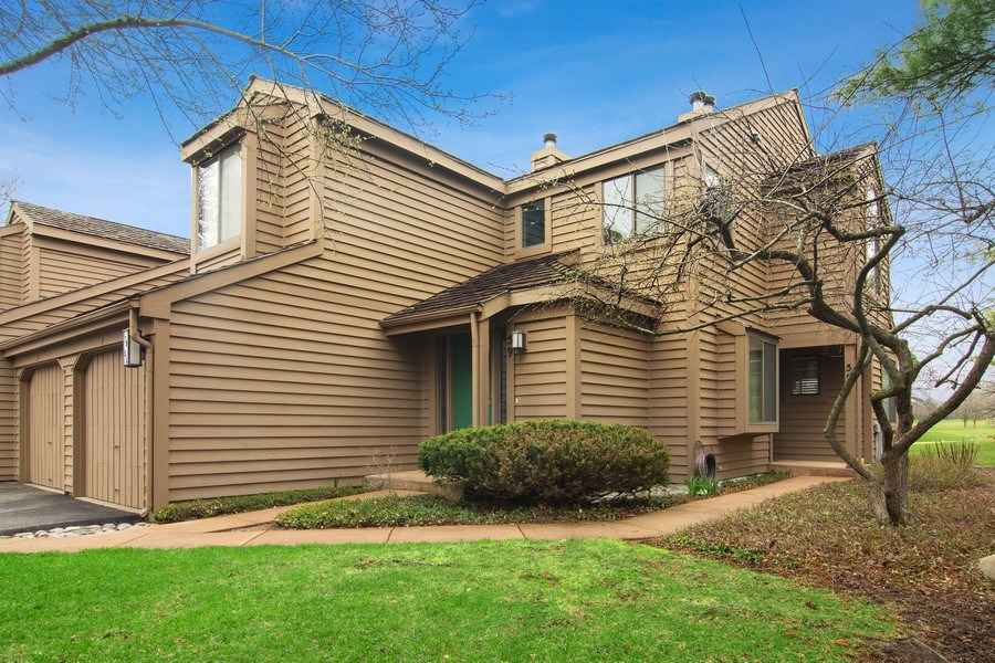 Real Estate Photography - 55 Waterview ct., Lake Barrington, IL, 60010 - Front View