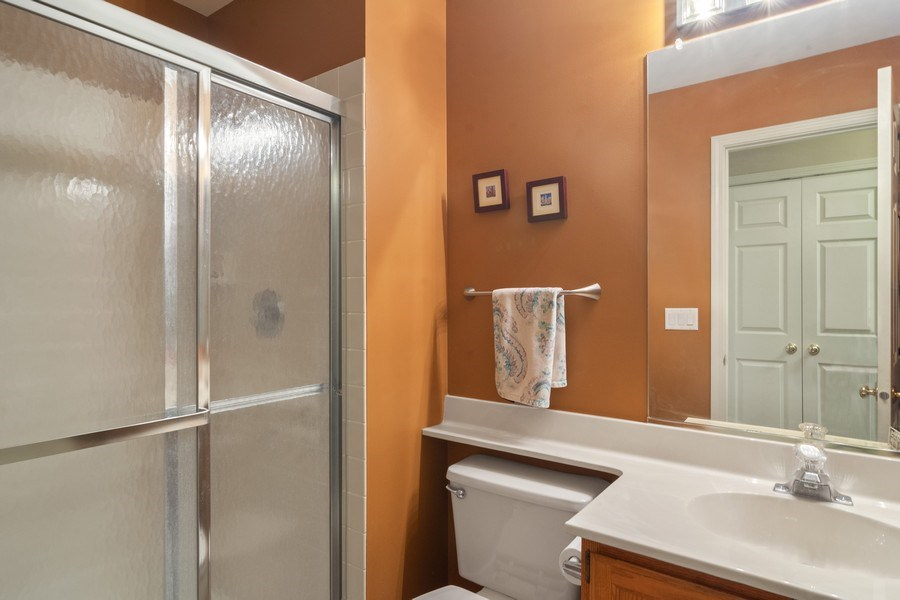 Real Estate Photography - 55 Waterview ct., Lake Barrington, IL, 60010 - 3rd Bathroom